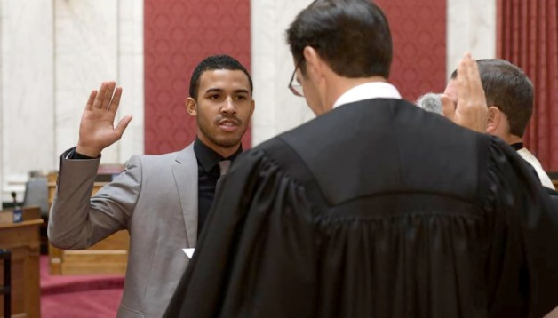 Caleb-Hanna-swearing-in_840x480